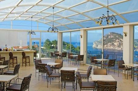 Terasa Hotel Paleokastritsa.jpg