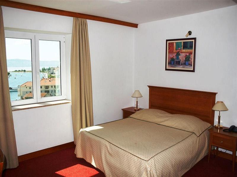 croatia_hotel_villa_dvor_omis_014_site.jpg