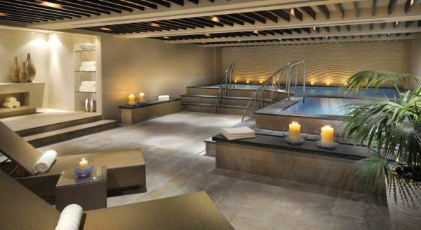 Dubai, Hotel Asiana, piscina interioara, spa.jpg
