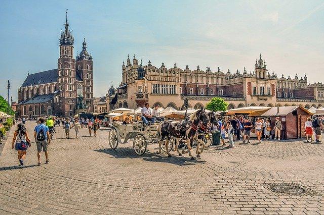 krakow-4439817_640.jpg