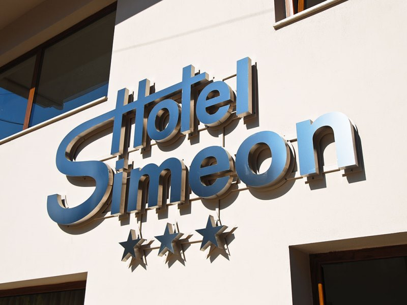 SIMEON HOTEL - METAMORPHOSI (5).jpeg