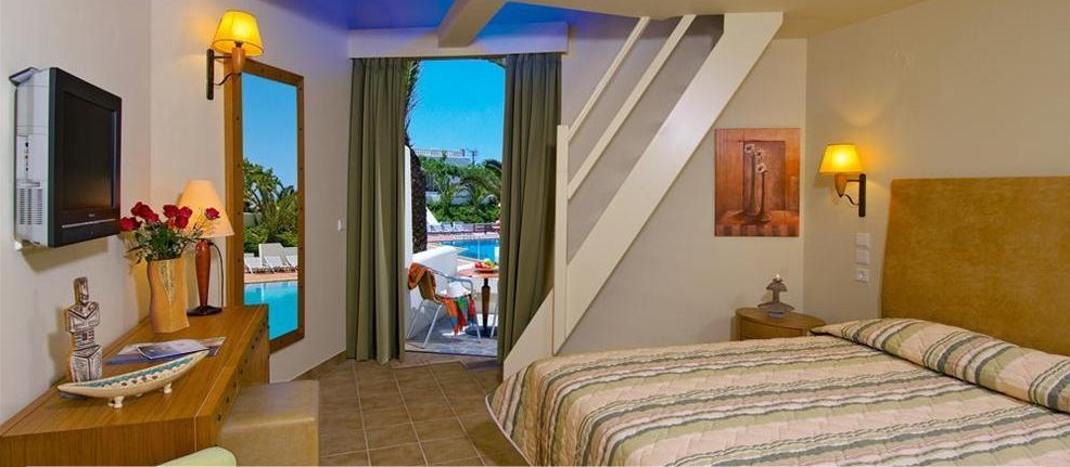 Camera Hotel Santa Marina Beach.jpg