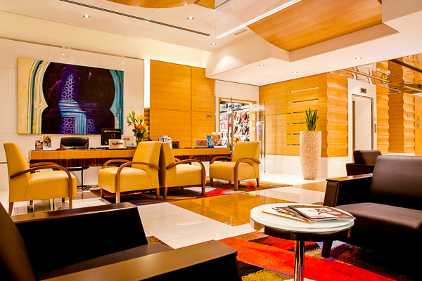 main_lobby_-_ramada_plaza_jumeirah_beach_residence_(2).jpg