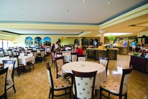 Hotel  Pelikan restaurant.jpg