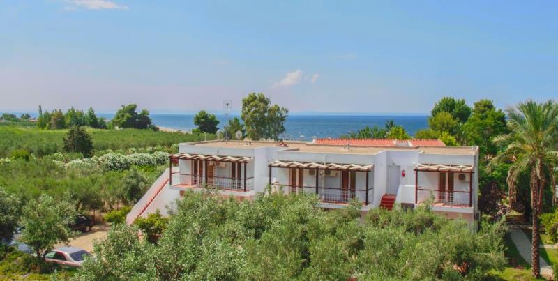 ACROSS BLUE BEACH HOTEL - GERAKINI (7).jpg