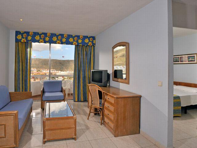 room4_at_the_Sol_Princesa_Dacil.jpg