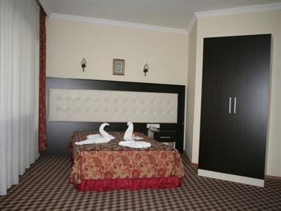 room kurdoglu.jpg