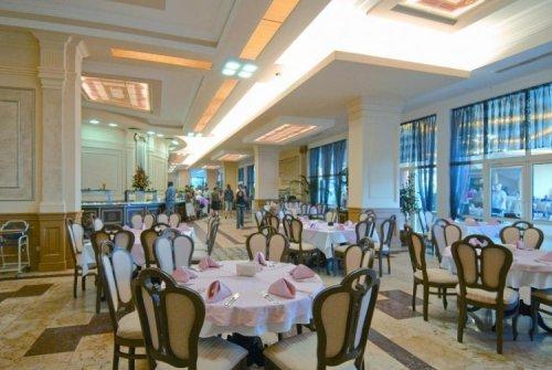 Hotel  Marina Beach restaurant.jpg