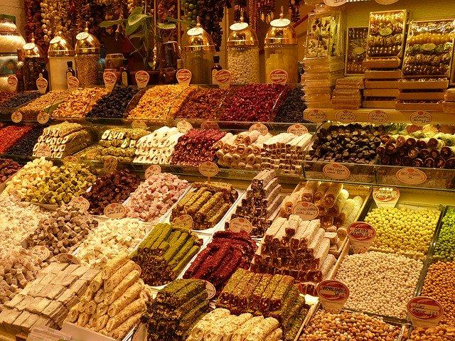 bazaar-782316_640.jpg