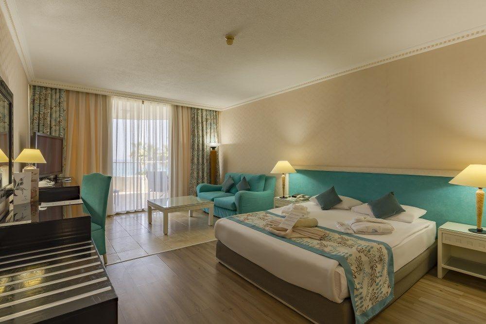 crystal-sunrise-queen-luxury-resort-spa-866.jpg