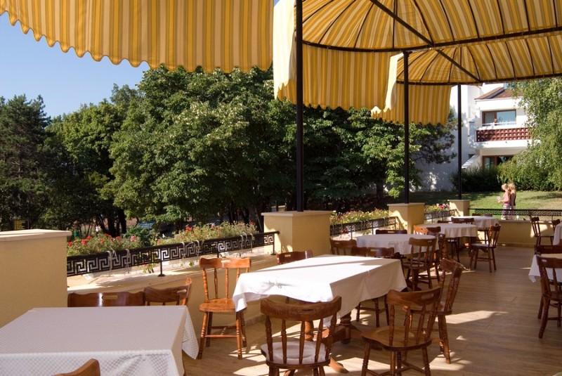 192_BellevilleRestaurant.jpg