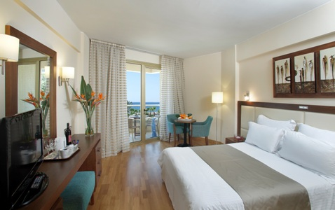 cipru_larnaca_hotel_golden_3.jpg