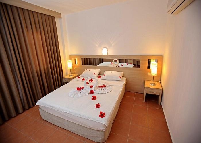 TWINS HOTEL  2.jpg