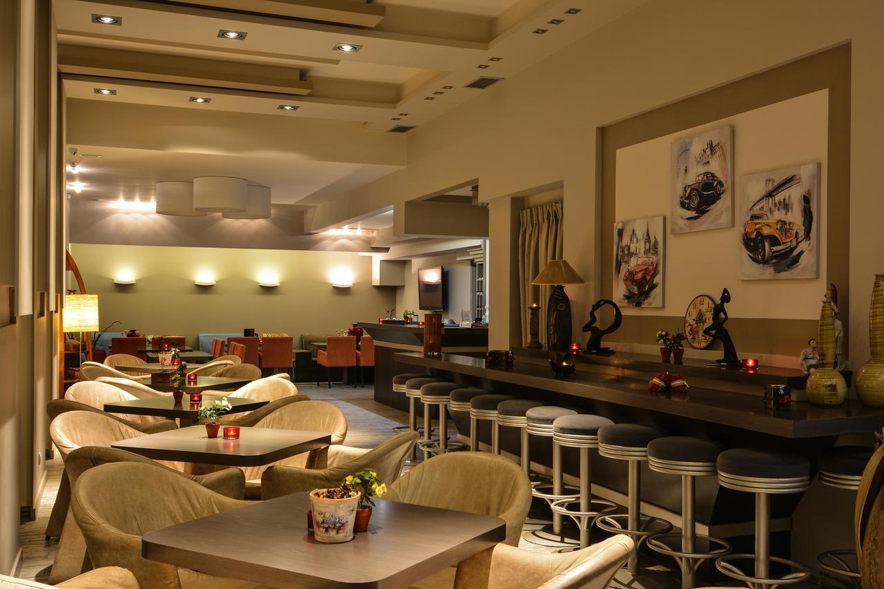 pds restaurant.jpg