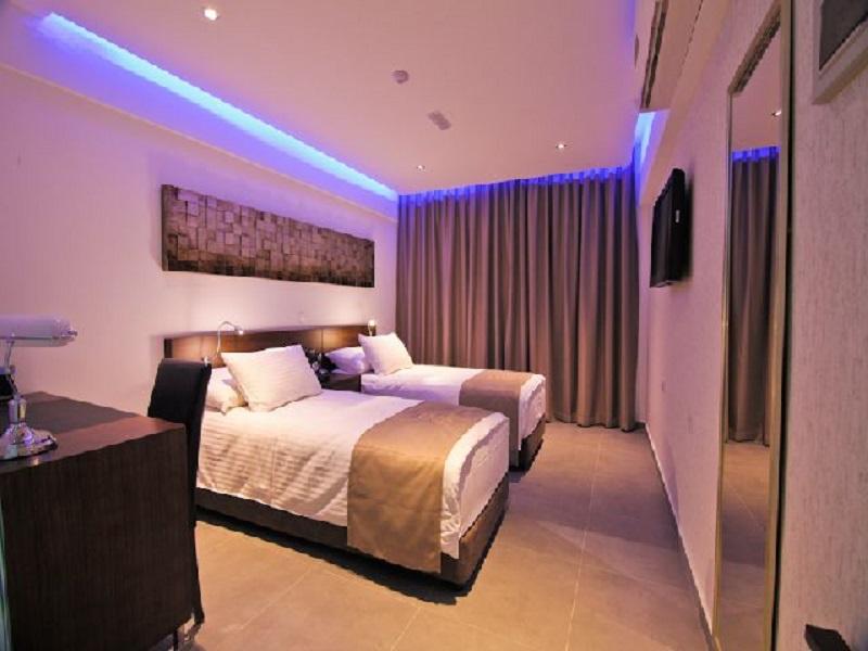achilleos_city_hotel 2.jpg