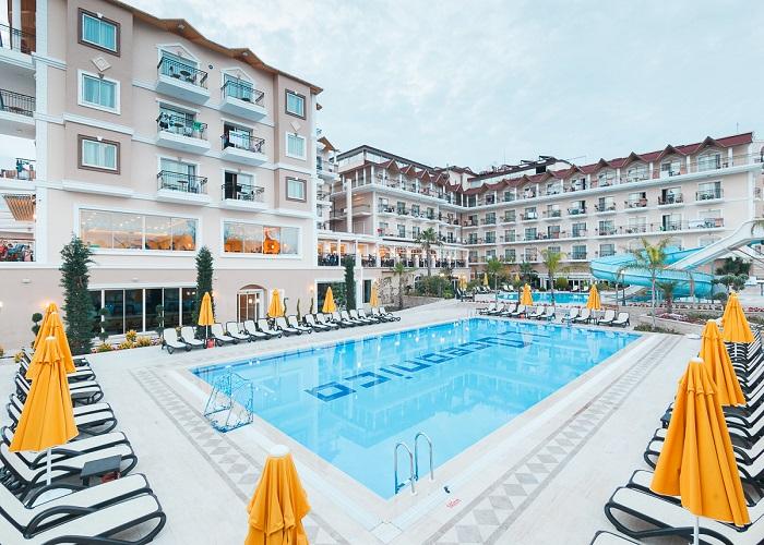 LOCEANICA BEACH RESORT HOTEL  3.jpg