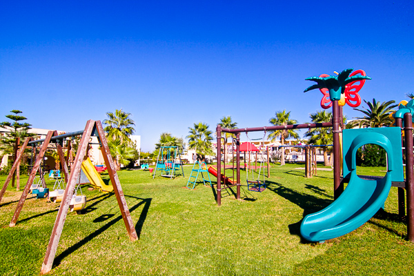 Slolimar aquamarine, Chania, exterior, loc de joaca pt copii, tobogane.jpg