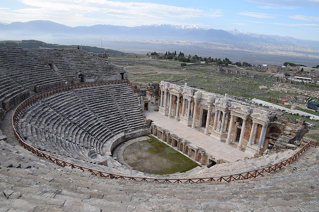 hierapolis-theatre-1282413_640.jpg