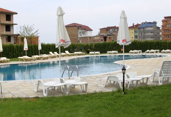 casablanca_piscina.jpg