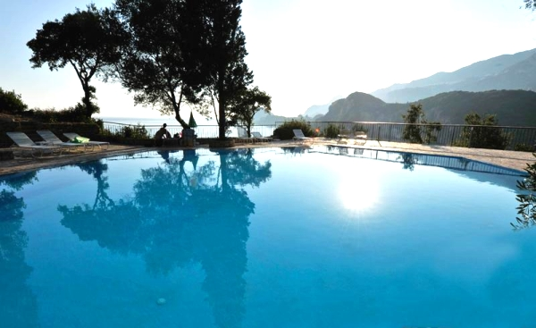 Corfu, Hotel Blue Princess Suites, piscina.jpg