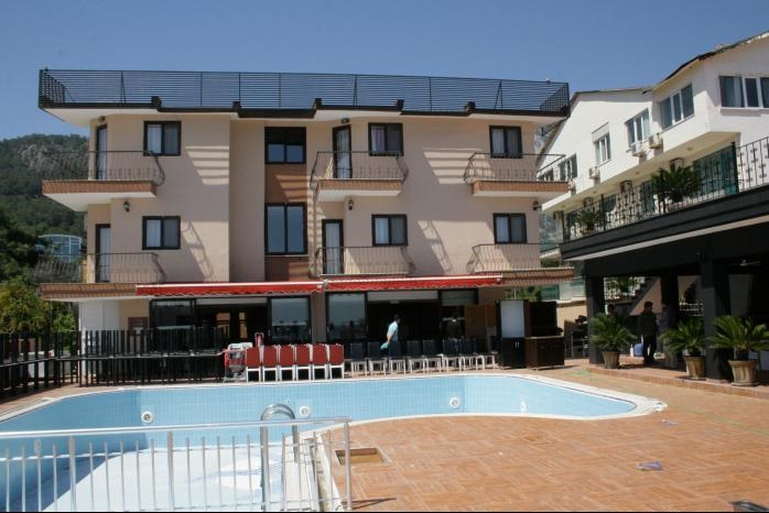 ALERIA BELPORT BEACH HOTEL 4.jpg
