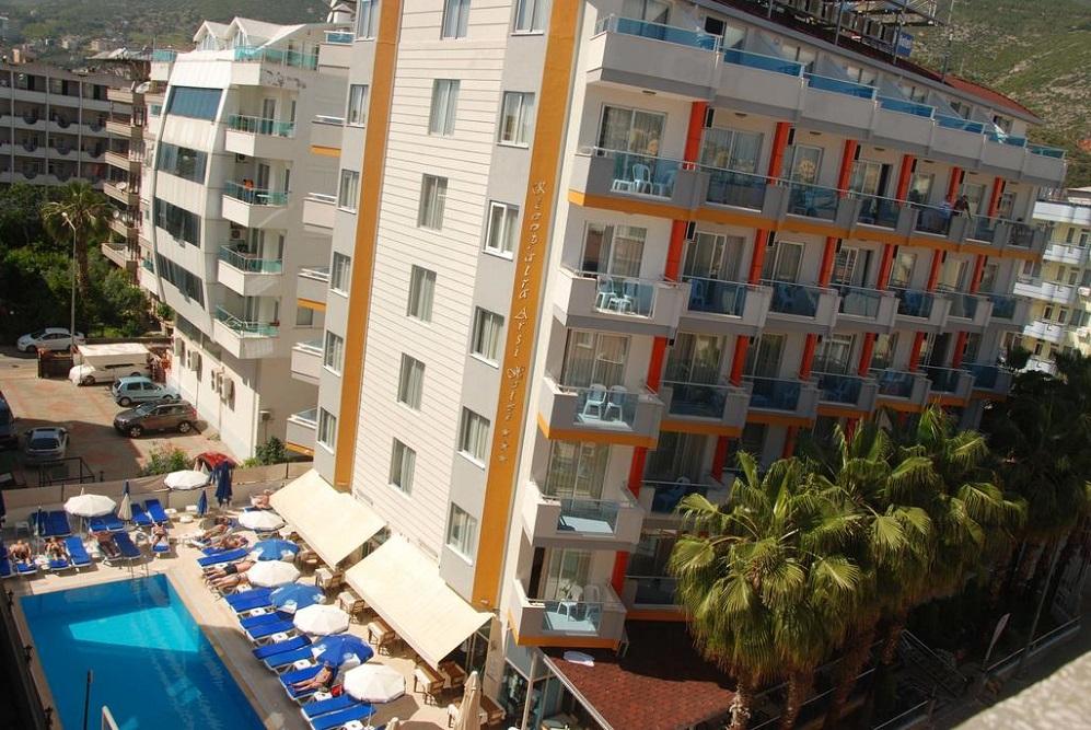 Alanya, Hotel Kleopatra Arsi exterior 2.jpg