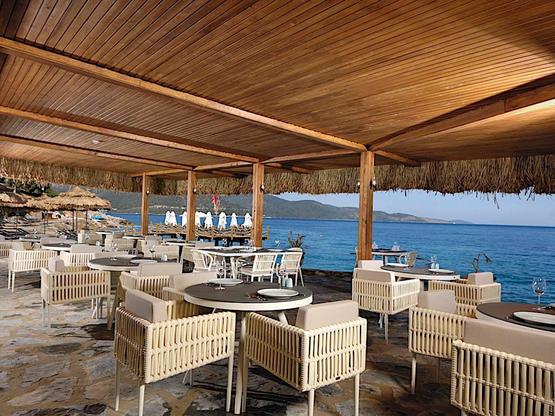 sarpedor-boutique-hotel-seafood-restaurant-01-3-orig-standard.jpg