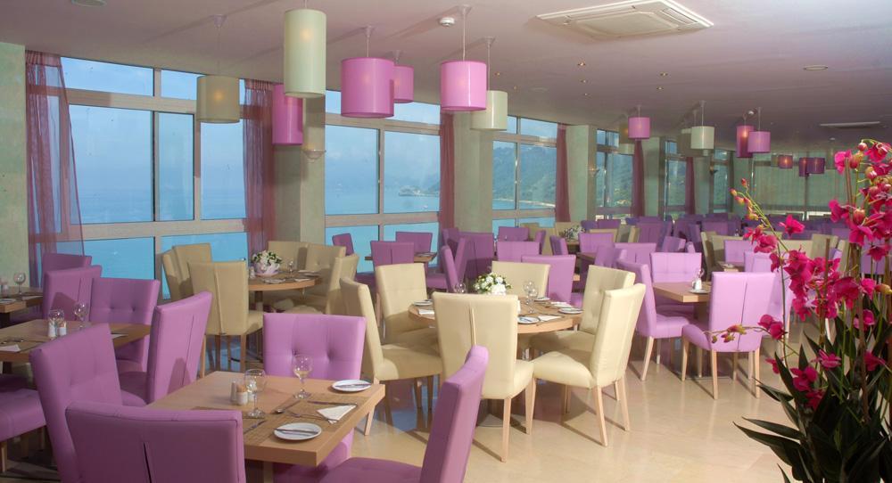 Restaurant Hotel Agios Gordis.JPG