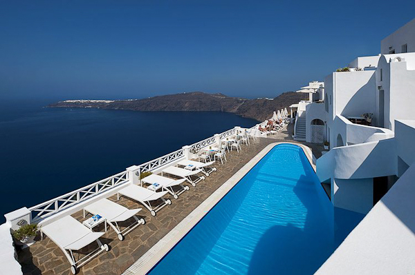 Santorini, Hotel Regina Mare, piscina exterioara.jpg