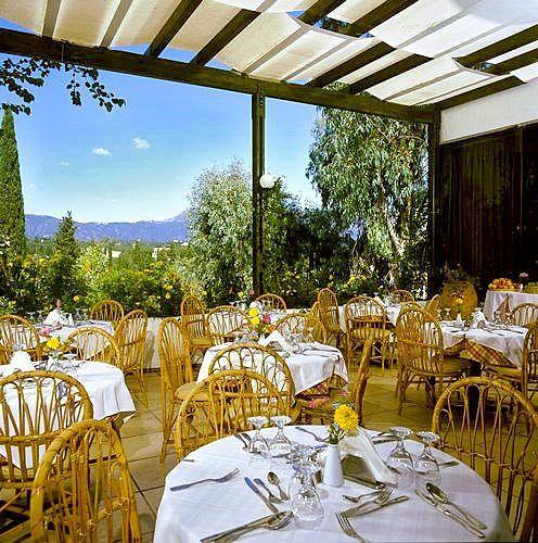 Aquis Park Hotel_restaurant.jpg