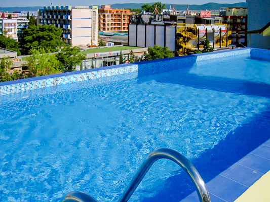 Sunny Beach, Hotel Royal Central, piscina exterioara.jpg