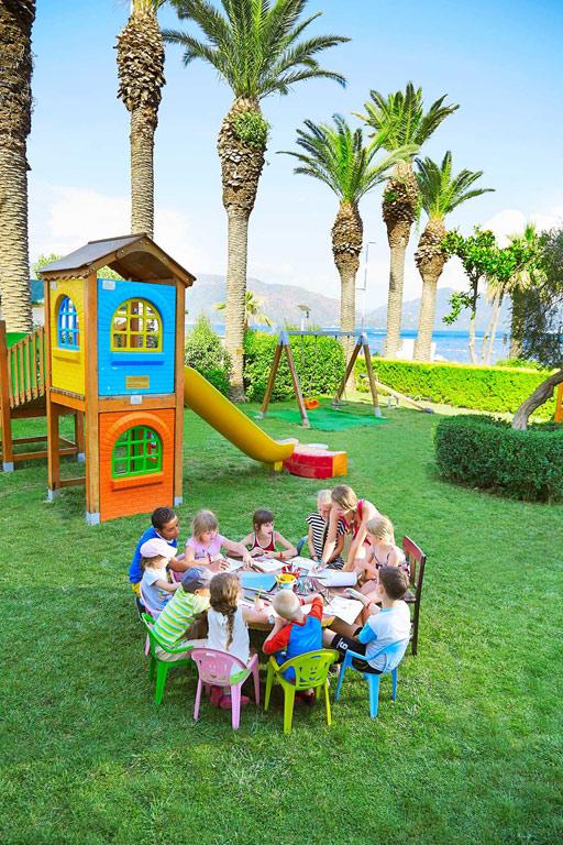 iphotels_ideal_prime_beach_kids_05.jpg