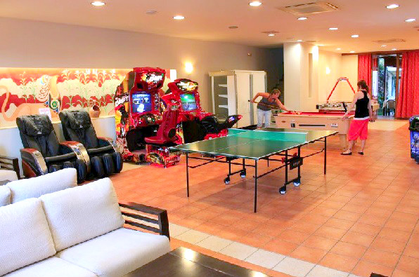 Hotel Creta Palm, Chania, interior, sala de jocuri.jpg
