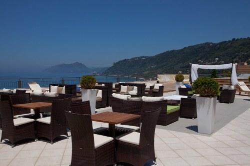 Hotel  Aquis Agios Giordis  restaurant.jpg