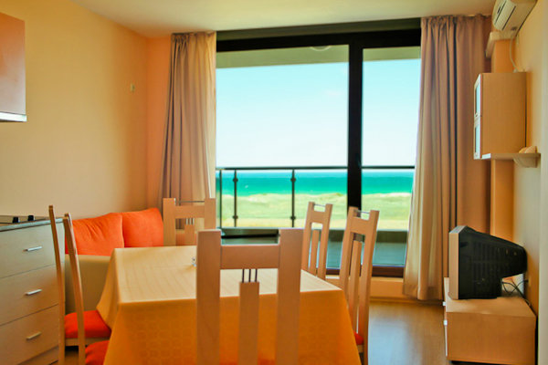 Primosrko, Hotel Prestige City II, apartament, balcon.jpg