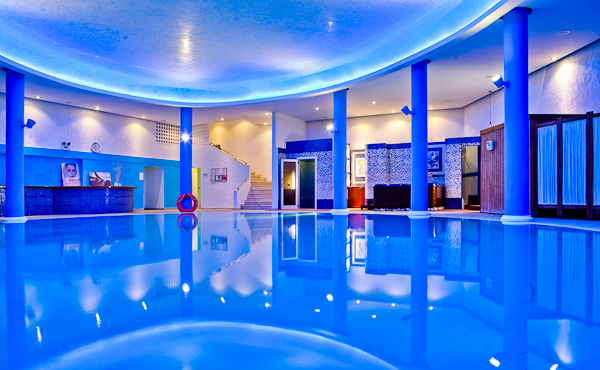 Corfu, Hotel Corfu Palace, piscina interioara.jpg