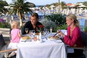 outddor-restaurant.jpg