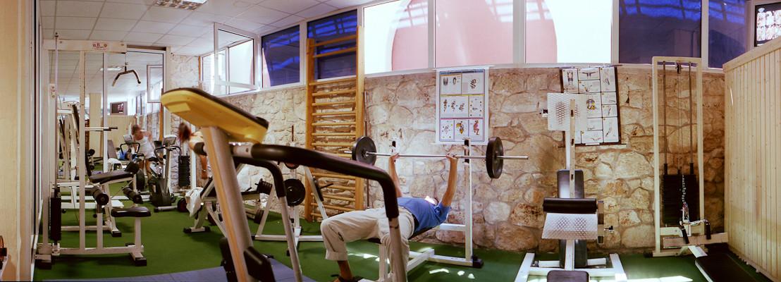32 Fitness room.jpg
