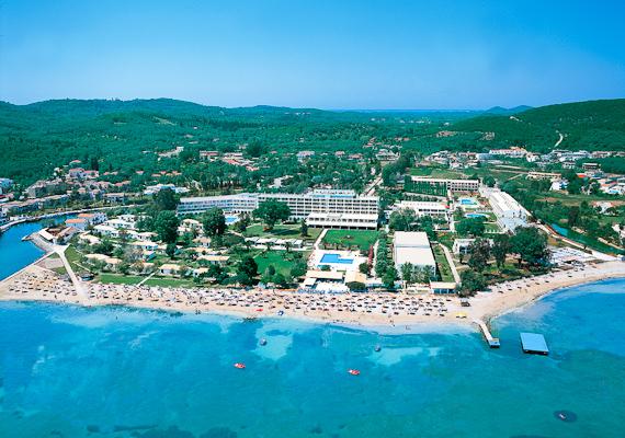 Corfu, Hotel Messonghi Beach.jpg