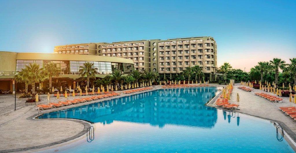 Von Resort Golden Coast zona de piscine