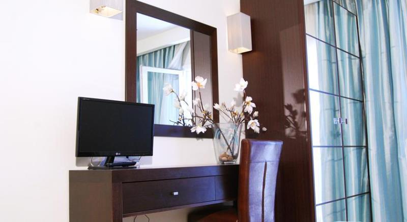 HOTEL AKTEION - PARALIA KATERINI - HELLO HOLIDAYS (16).jpg