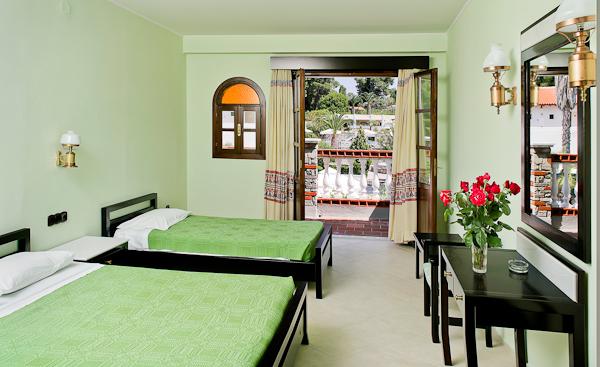 Halkidiki, Hotel Macedonian Sun, camera dubla.jpg