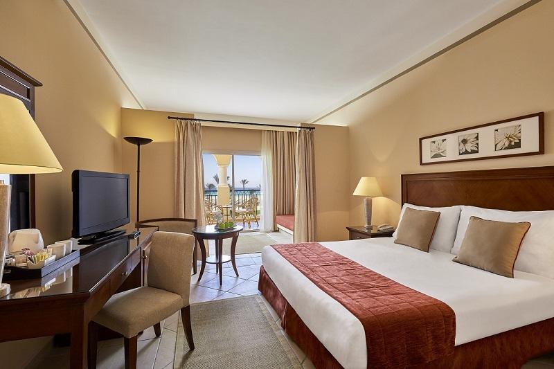 Deluxe Family Room queen bed sea view.jpg