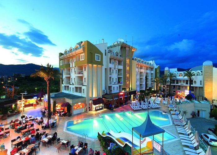 GRAND CETTIA HOTEL 11.jpg