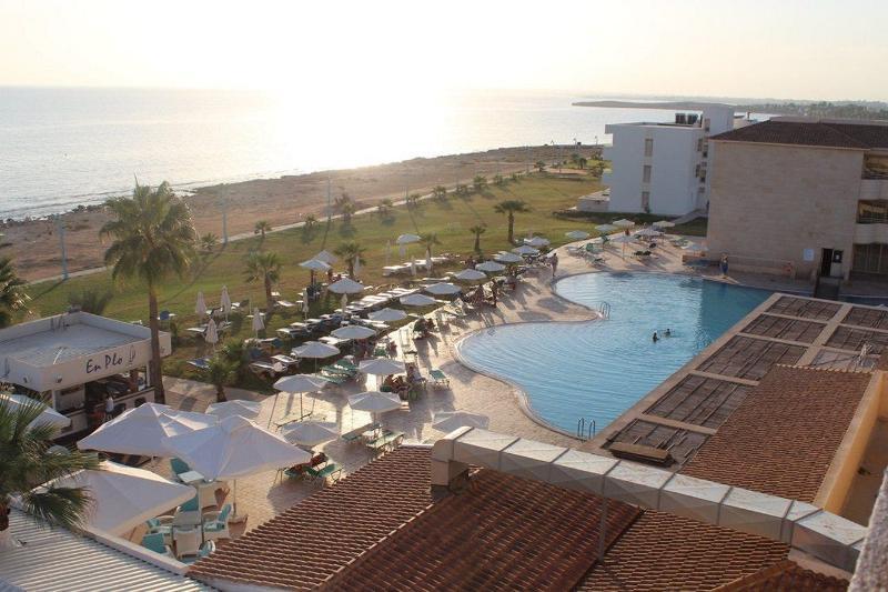Pierre Anne Beach Hotel (1).JPEG