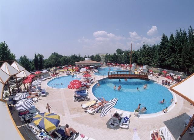 hotel_magnolia_albena_bulgaria_5de60f63867be.jpg