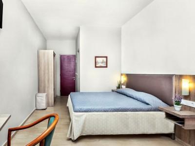 silver-bay-hotel-corfu-3-400x300.jpg