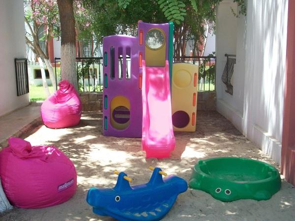 Bodrum, Hotel Kriss, loc de joaca pentru copii.jpg