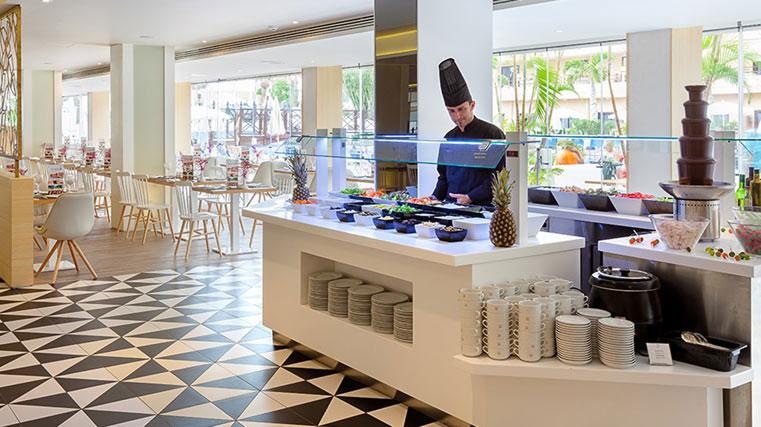 Restaurante-Arecas6-Hotel-Tigotan_761X427_tcm18-6168.jpg