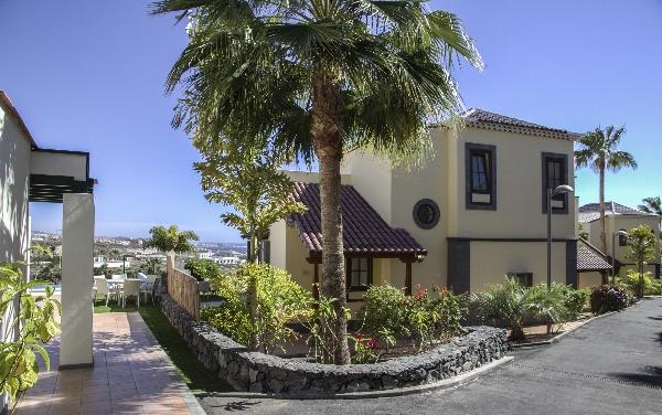 Tenerife, Villa Maria, exterior.jpg